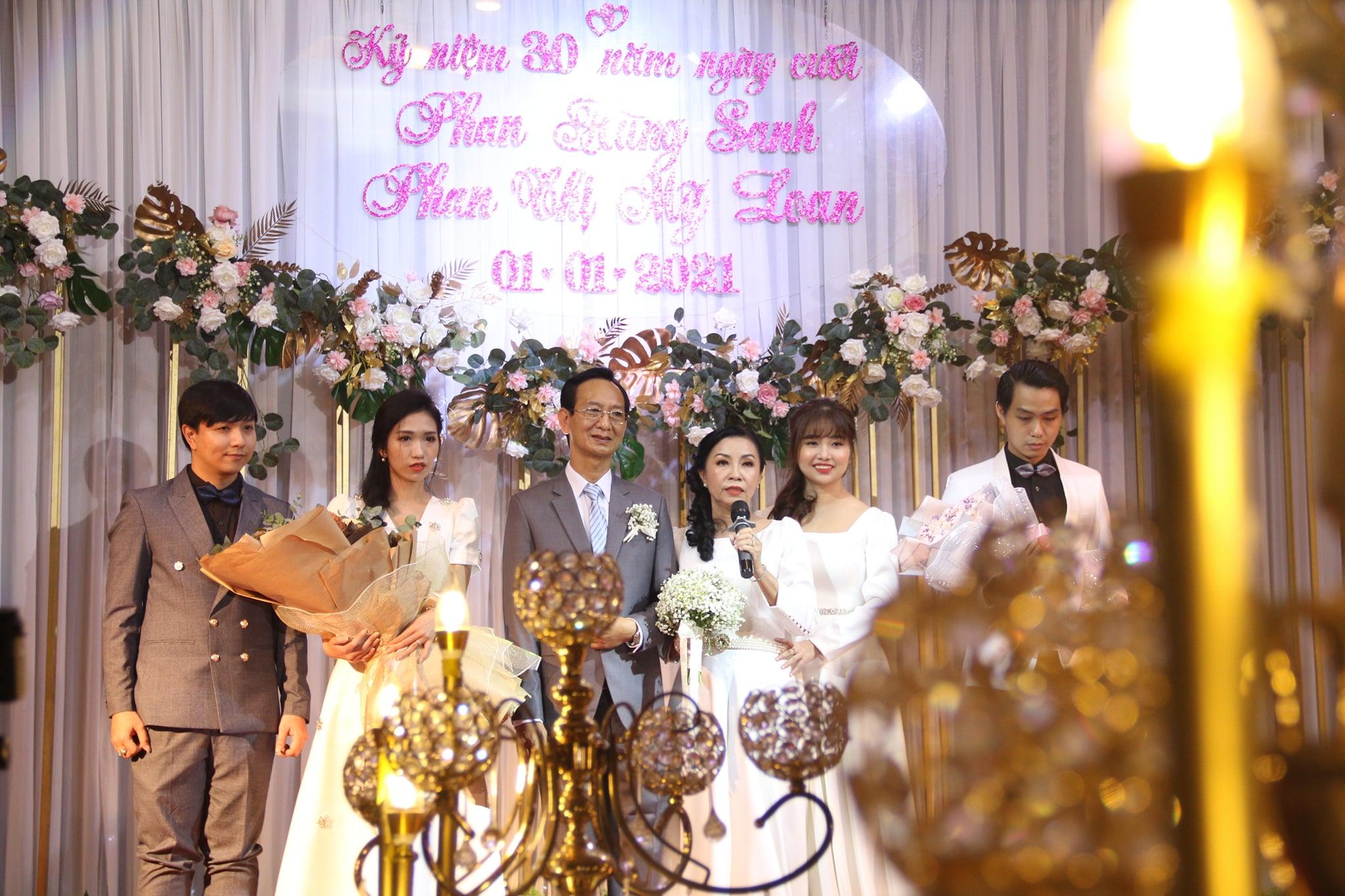 Chúc mừng 30 năm ngày cưới của anh chị Hùng Sanh - Mỹ Loan