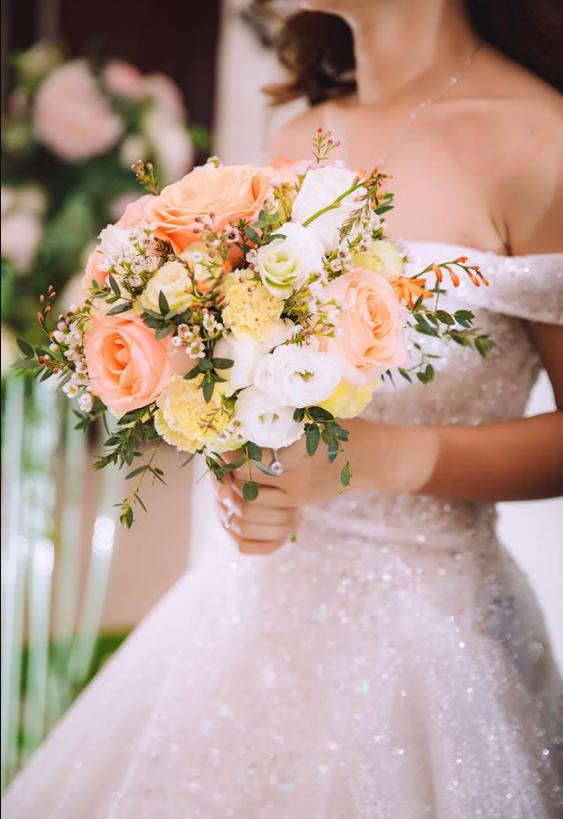 Cách chọn váy cưới cực chuẩn theo từng dáng người